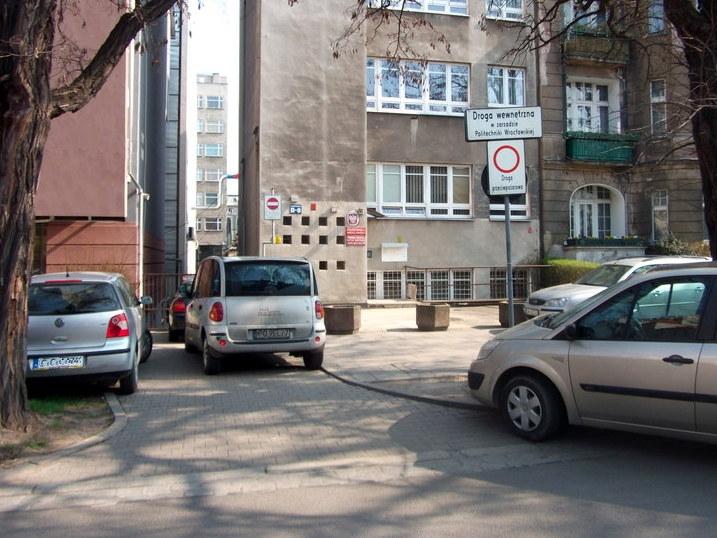 Parkowanie przy PWr
